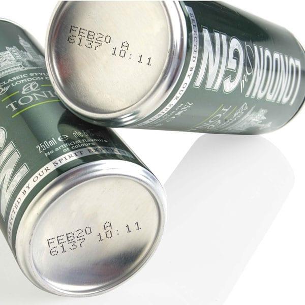 Esempio di marcatura su lattine - Marcatore inkjet a goccia continua Domino Ax550i